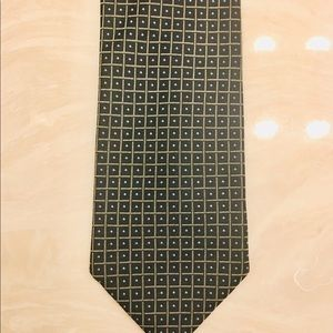"Gucci tie with three signatures 4"" wide New"